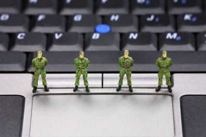 Conheça a Lei Azeredo, o SOPA brasileiro PC