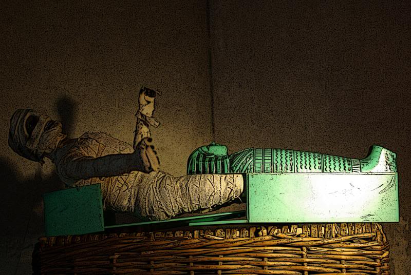The Adventures of G.I.Joe - 'L'origine de NoFace!'  Mummyfromcasket-1
