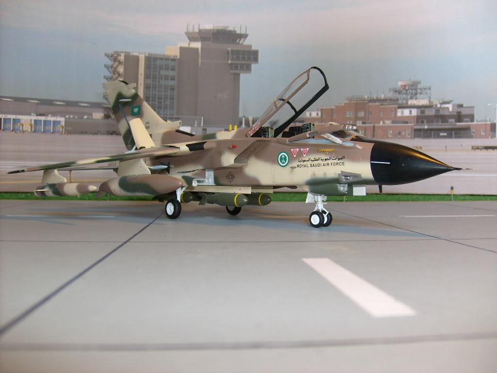 الموسوعه الفوغترافيه لصور القوات الجويه الملكيه السعوديه ( rsaf ) Tornadosaudi002