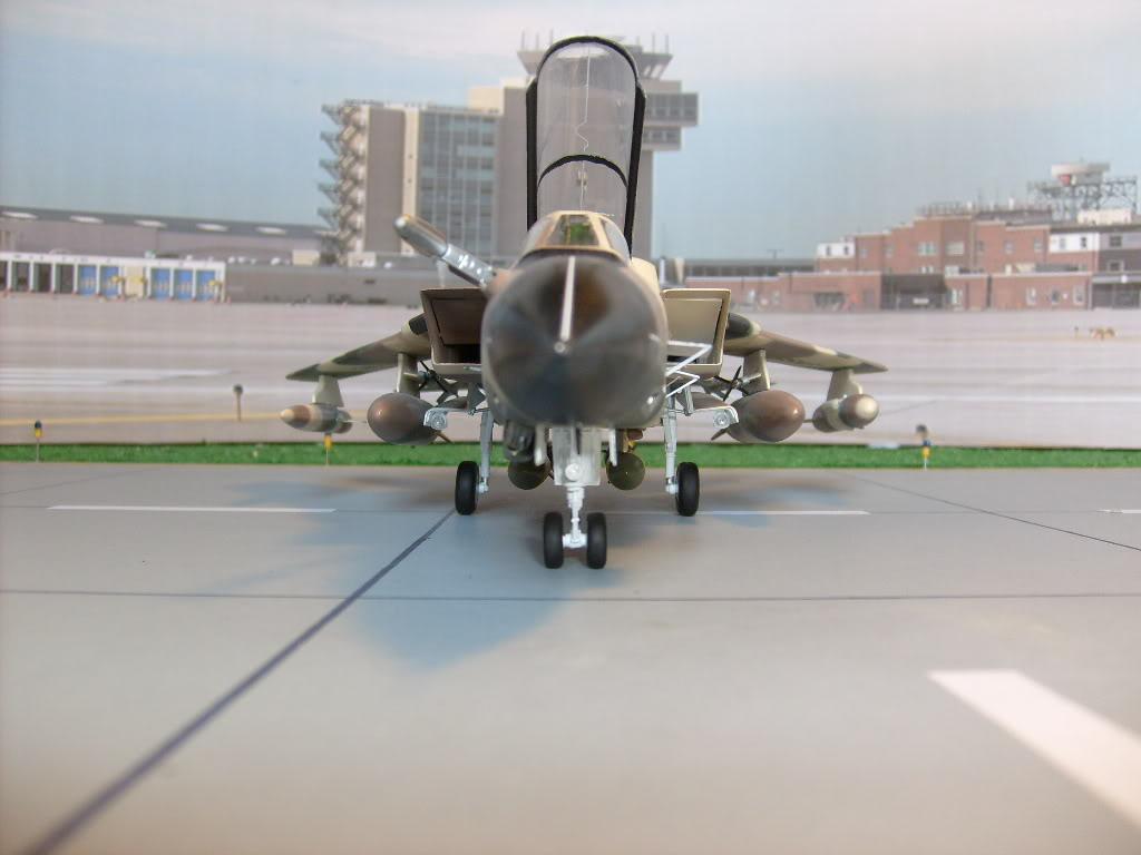 الموسوعه الفوغترافيه لصور القوات الجويه الملكيه السعوديه ( rsaf ) Tornadosaudi003