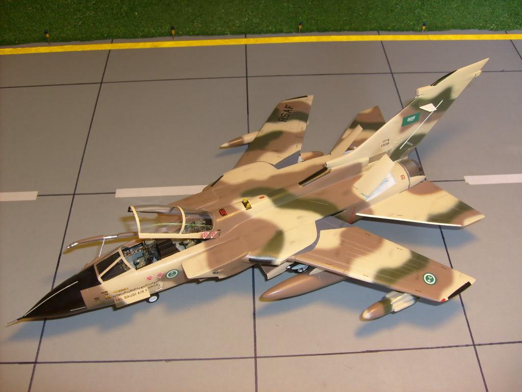 الموسوعه الفوغترافيه لصور القوات الجويه الملكيه السعوديه ( rsaf ) Tornadosaudi013