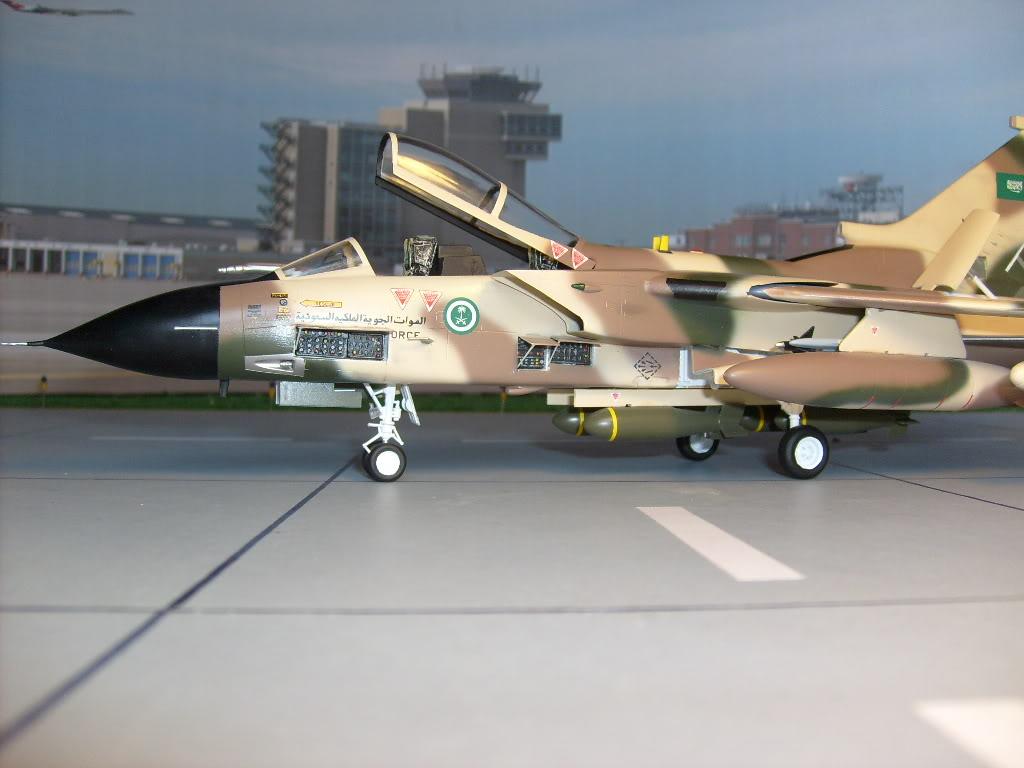 الموسوعه الفوغترافيه لصور القوات الجويه الملكيه السعوديه ( rsaf ) Tornadosaudi024