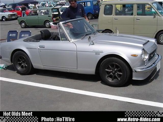 topic datsun fairlady sp311 roadster DSC00933