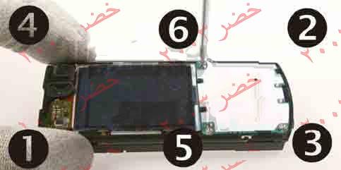 طريقة فك جوال ال n70 لأجراء الصيانه له شرح كامل بالصور التوضيحيه تم تعديل روابط الصور بتاريخ 14/1/2009  13-N70