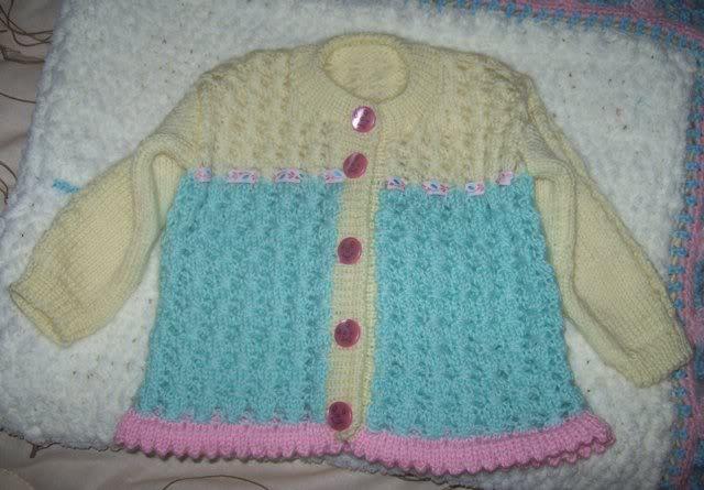 Completino e copertina in lana per neonata 101_2971