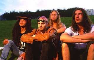 Alice in Chains Alice_in_Chains