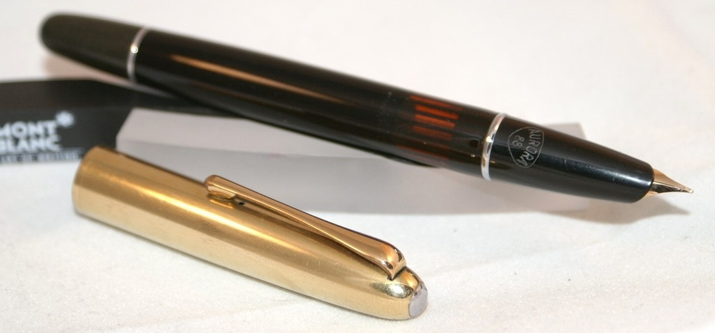 What pen(s) are you using this week? Aurora%2088%203_zps38gelhep
