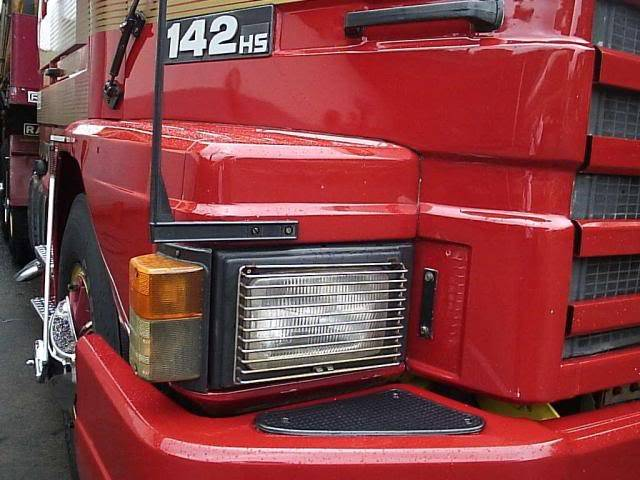 Scania 142 HS Intercooler - motor 8 cil. 024