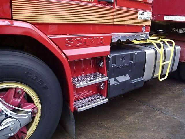 Scania 142 HS Intercooler - motor 8 cil. 026