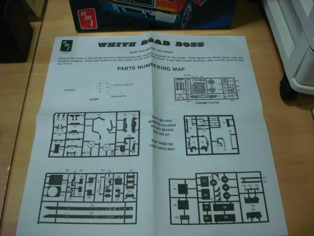White Road Boss - AMT 1/25 - Concluído. 009