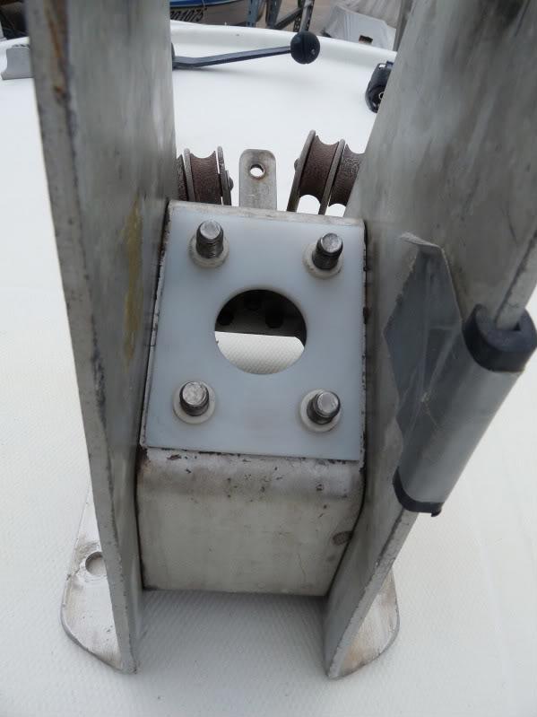 système de relevage de quille ETAP 22 P1010846