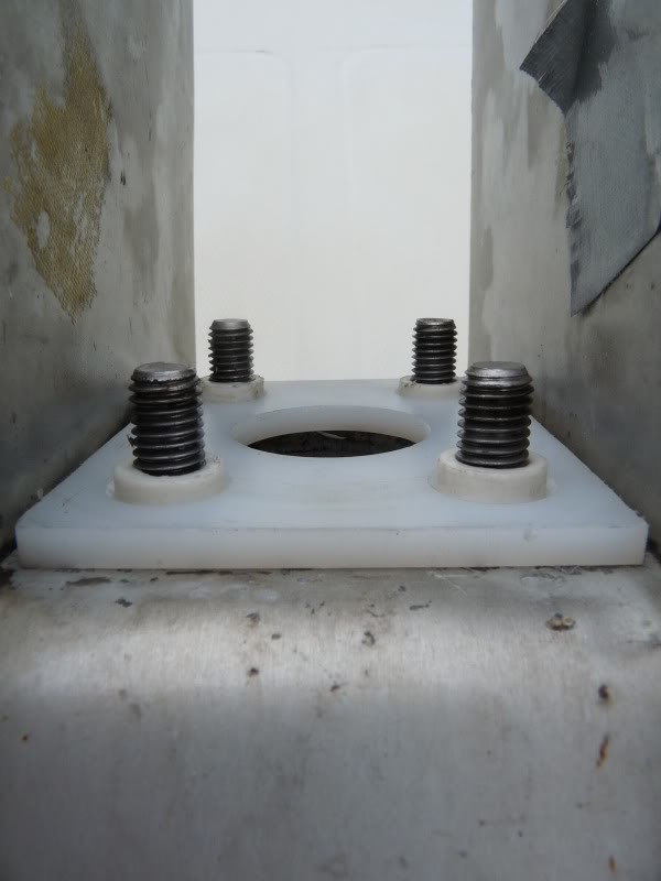 système de relevage de quille ETAP 22 P1010847