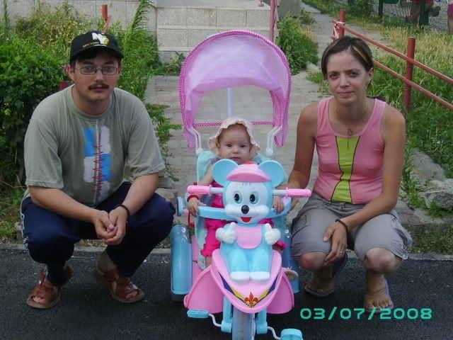 www.eroudepoveste.ro te invita la concurs ,,o familie fericita,, ! - Pagina 2 PICT0182-1