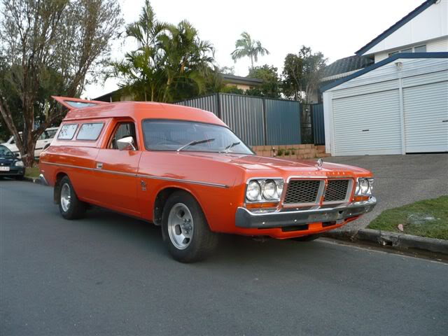 'Mr Juicy' the high-roofed Charger ..err Panelvan! Picture010-9