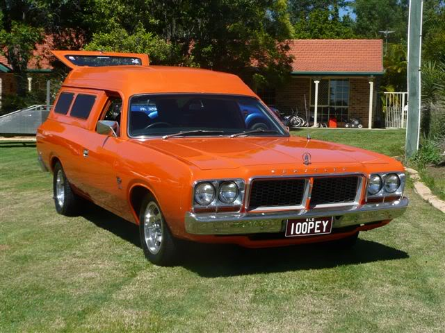 'Mr Juicy' the high-roofed Charger ..err Panelvan! Picture013-14