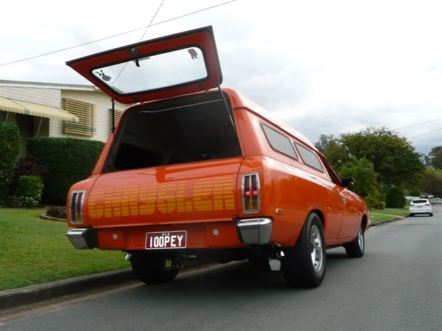 'Mr Juicy' the high-roofed Charger ..err Panelvan! Picture013-15