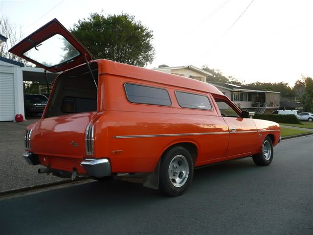 'Mr Juicy' the high-roofed Charger ..err Panelvan! Picture014-8