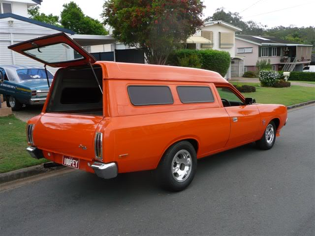 'Mr Juicy' the high-roofed Charger ..err Panelvan! Picture036-5