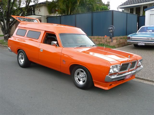 'Mr Juicy' the high-roofed Charger ..err Panelvan! Picture040-2