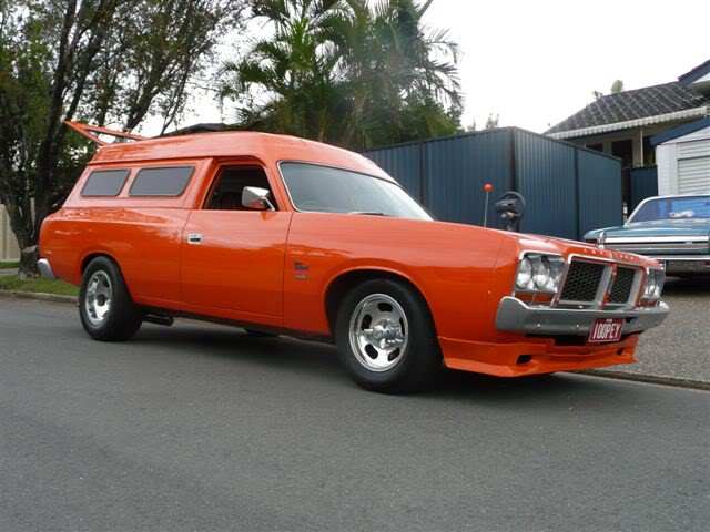 'Mr Juicy' the high-roofed Charger ..err Panelvan! Picture041-2