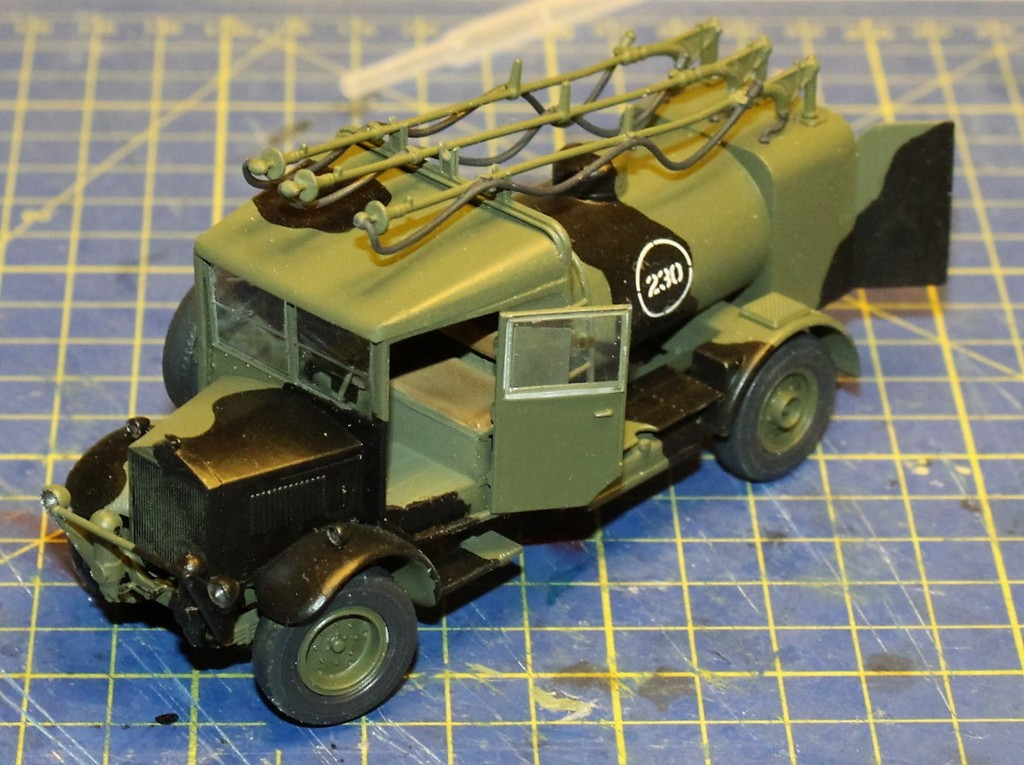 Albion 3-Point Fueller, Airfix 1/48 IMG_9536_zpsotdgmupi