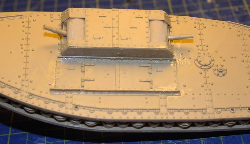 "WWI Heavy Main Battle Tank ""Female"", Takom 1/35 IMG_0110_zpsheqi1qxj"