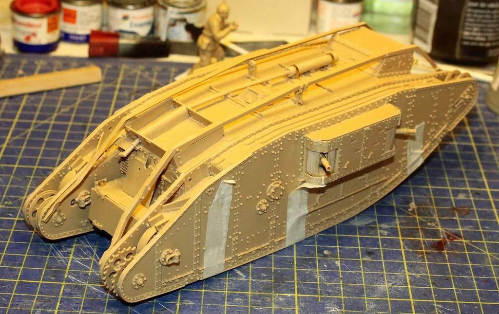 """WWI Heavy Main Battle Tank """"Female"""", Takom 1/35 IMG_0115_zpsx0fyuysw"""
