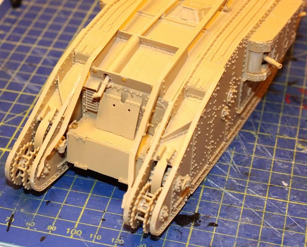 "WWI Heavy Main Battle Tank ""Female"", Takom 1/35 IMG_0120_zps3ks3gzlv"