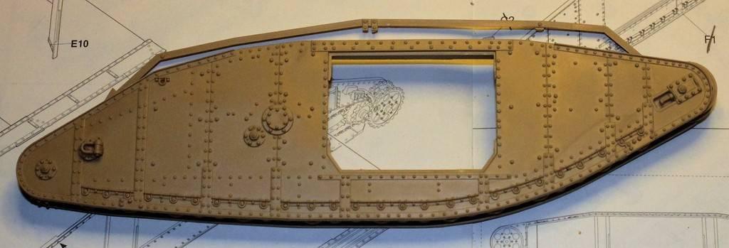 "WWI Heavy Main Battle Tank ""Female"", Takom 1/35 IMG_9999_zpswpedm29y"