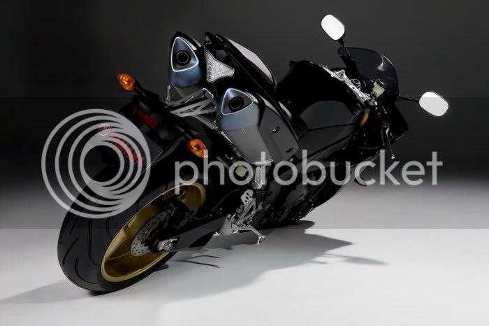 Motor YAMAHA R! R1200951fb5