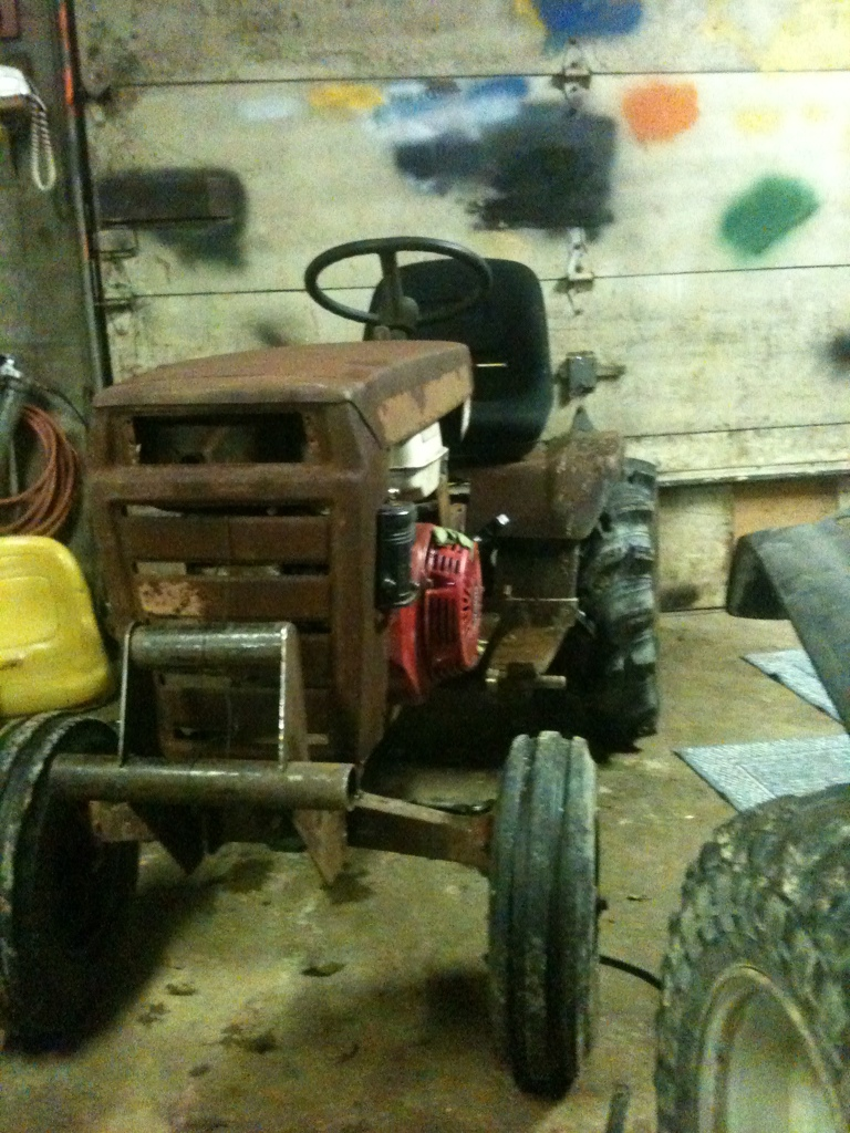 70's Wheel horse C-120 mud crawler trail rider 0C9E6386-72C9-4151-9F57-9011FFDB6764-2958-0000069B4D03CD38_zpsdd2fc440