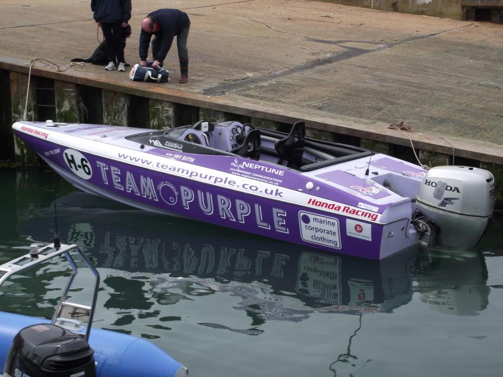 Real racing boat 2010_04110033