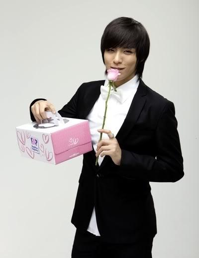 TOP 20 nghệ sĩ có gương mặt đẹp nhất xứ Hàn 1209540083_image9