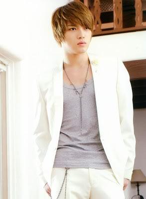 TOP 20 nghệ sĩ có gương mặt đẹp nhất xứ Hàn DBSK2010calendar_4_mogo