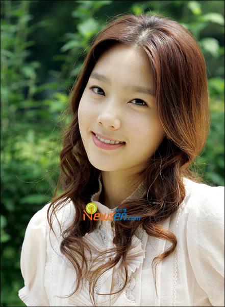 TOP 20 nghệ sĩ có gương mặt đẹp nhất xứ Hàn Normal_taeyeon