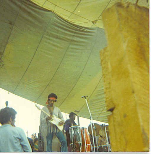 Live At Woodstock (1999) - Page 2 F9ffb3cca347c1c21649501fdd5678b4