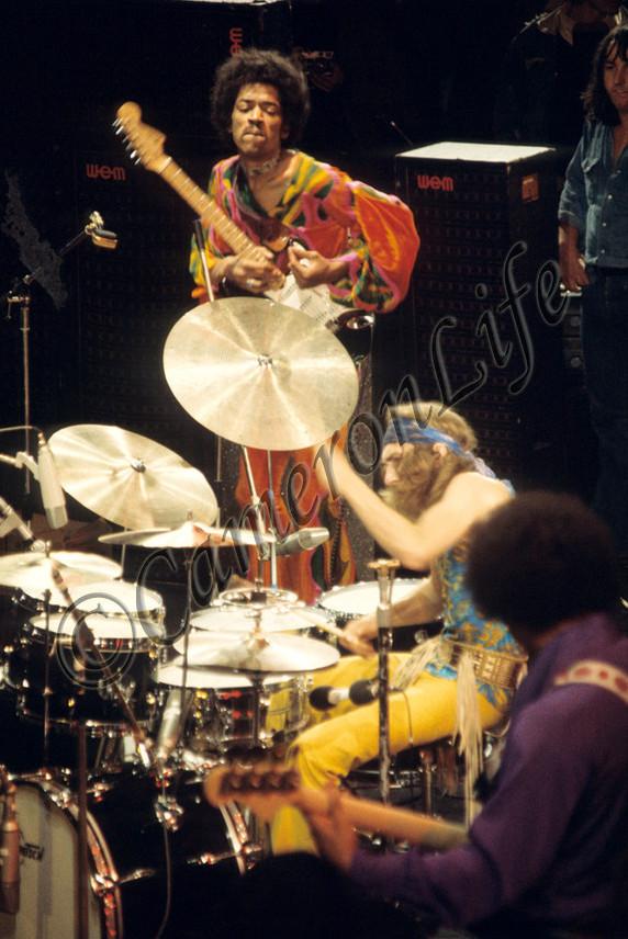 Blue Wild Angel: Jimi Hendrix Live At The Isle Of Wight (2002) - Page 2 5bb714a7aa0515c8486f104b6c432415