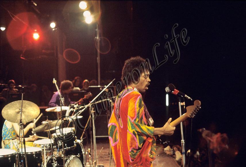 Blue Wild Angel: Jimi Hendrix Live At The Isle Of Wight (2002) - Page 2 78125a7721f66e93a140e7fc85dca376