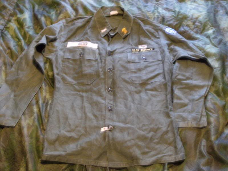1960 Nicely Badged Utility Shirt. DSCF0001_zps9d76eca7