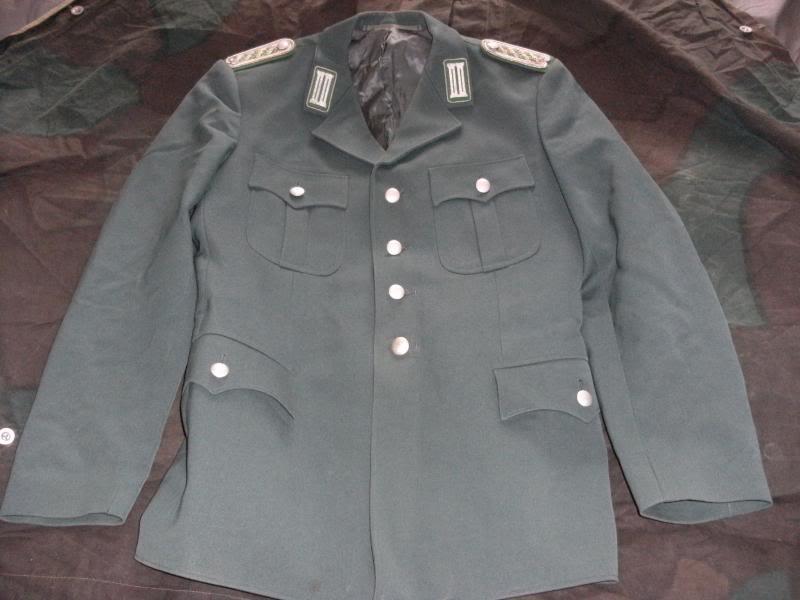 Green 4 Pocket Tunic-Police? DSCF0008_zpsc159336d