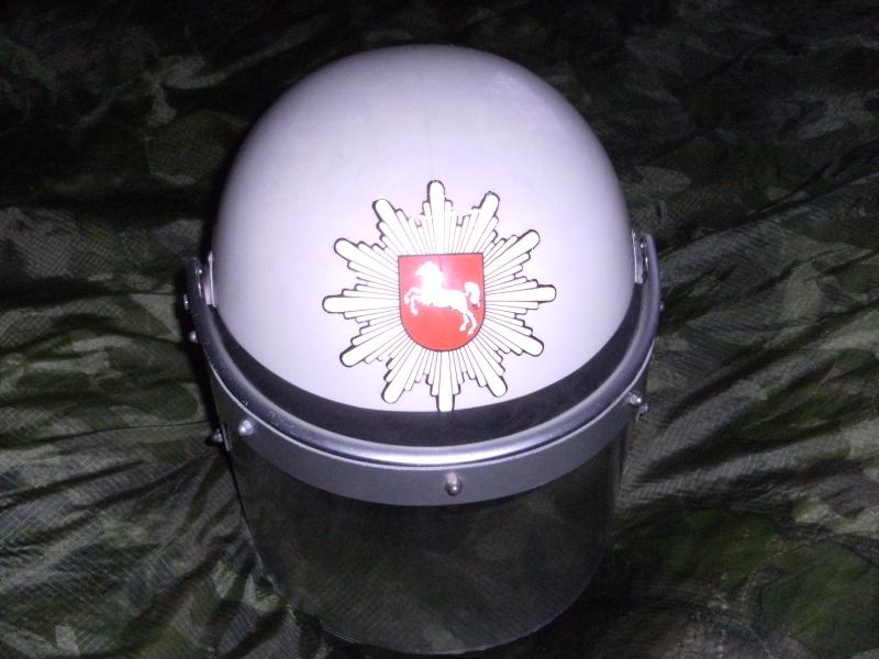 Police Riot Helmet,Leather/Fur Green Uschanka and Womens Hat? all with red shield and horse badge. DSCF0001_zps9f43b6fd