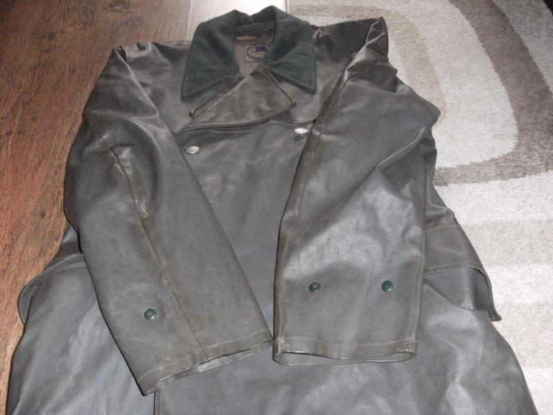 Officers Rubberised Greatcoat/Kradmantel Type Jacket. DSCF0003_zpsekajutaz