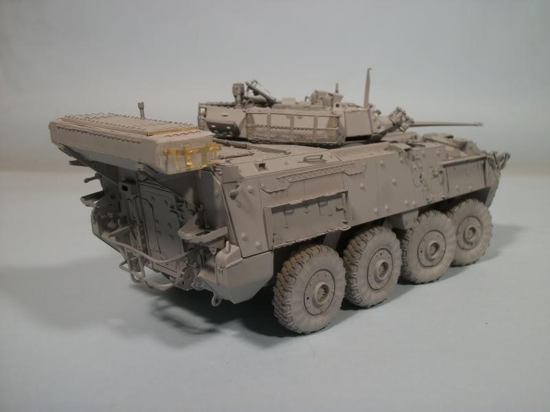 LAV - III avec PE et roues en resine de chez ET Model - Page 2 100_1750