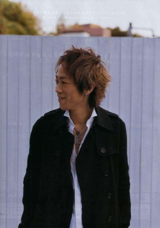 FELIZ CUMPLEAÑOS YUKIHIRO!!!!! Yukihiro1uk5