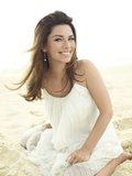 Shania photoshoot - People Magazine 2011 - Page 2 Th_people052311-pic10_redimensionar