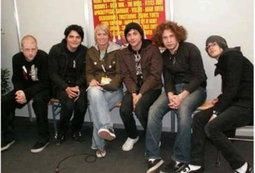 Photos du groupe - Page 8 Large-msg-12056983764