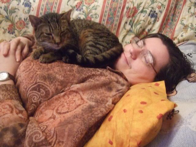 ¿Porque un gato enfermo? ¿de verdad crees que elegi un gato enfermo? 2008-12-2408Marenayyo