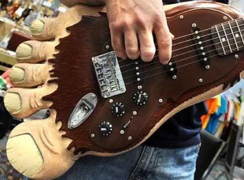 Bichos raros, feos & mutantes Rare_guitar