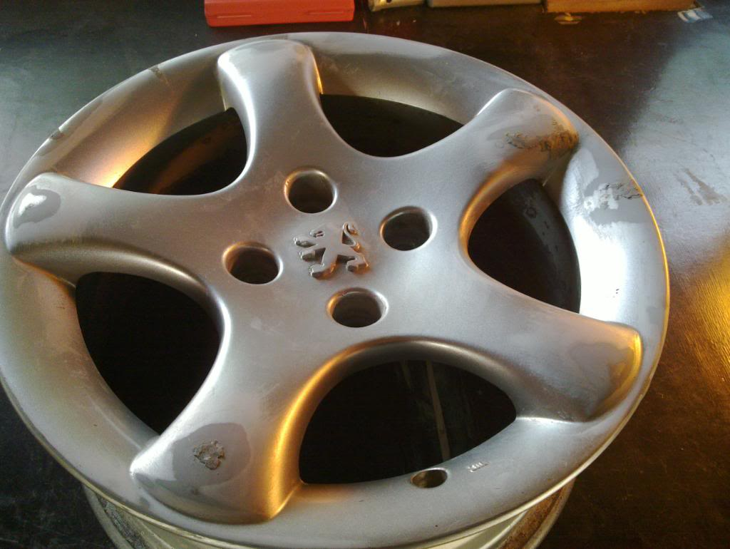 Guide: DIY Alloy Wheel Refurbishment 20101124_002