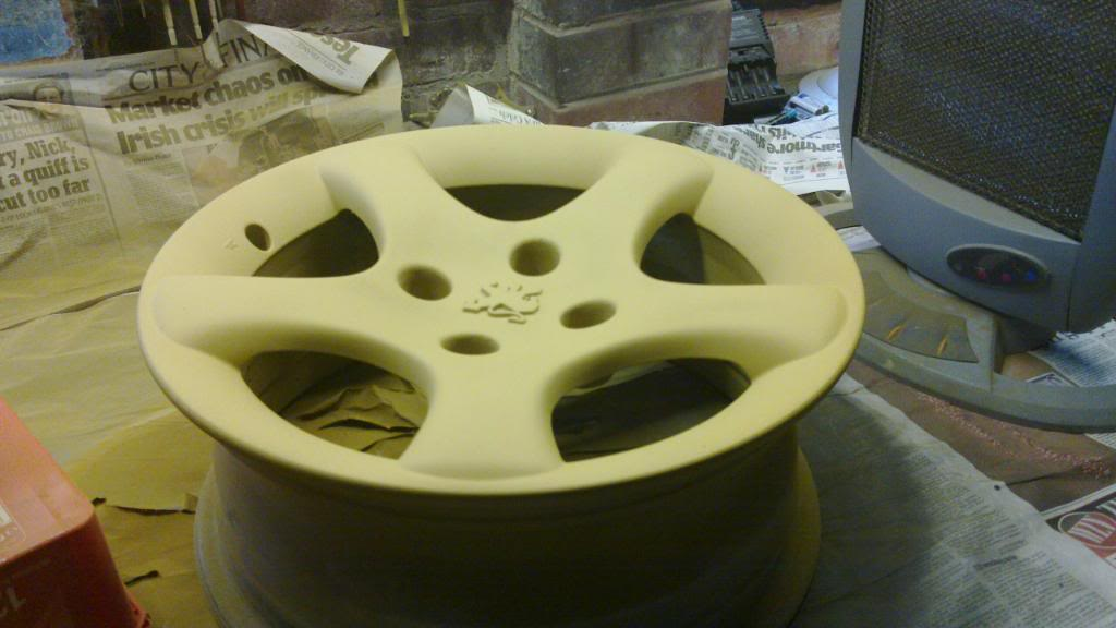 Guide: DIY Alloy Wheel Refurbishment 20110116_002